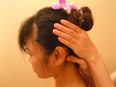 Thai Massage - Kopfmassage bei Raashathai