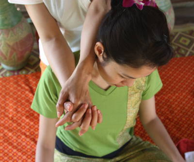 Raasha Thai Rückenmassage